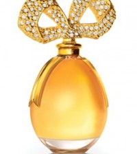 celeb-perfumes-worst-white-diamonds-01